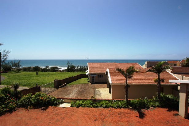On the Beach - In the CBD Area - 5 Bedroom ,3 Bathroom House for