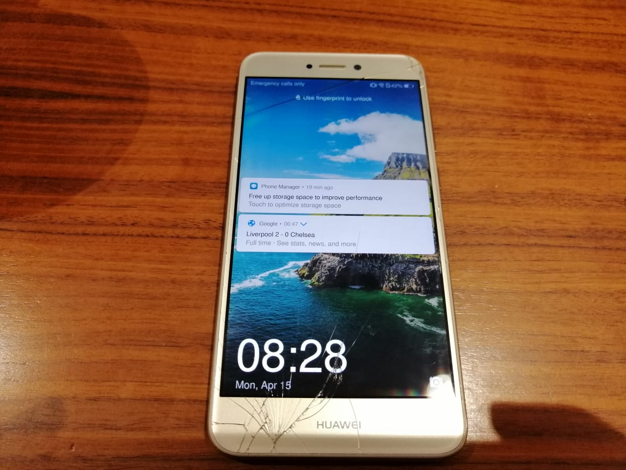 Huawei P8 Lite 2017 - Damaged screen only fault   Junk Mail