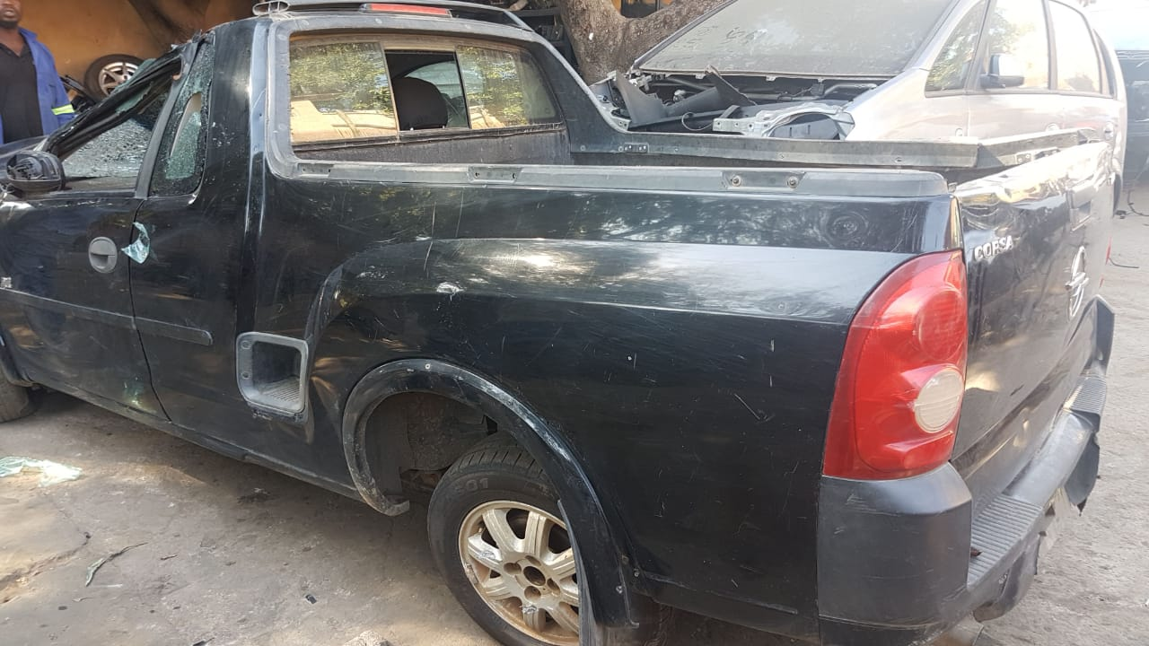 Opel Corsa Bakkie 17 Dti Parts And Engine For Sale Junk Mail 1 7 Wiring Diagram