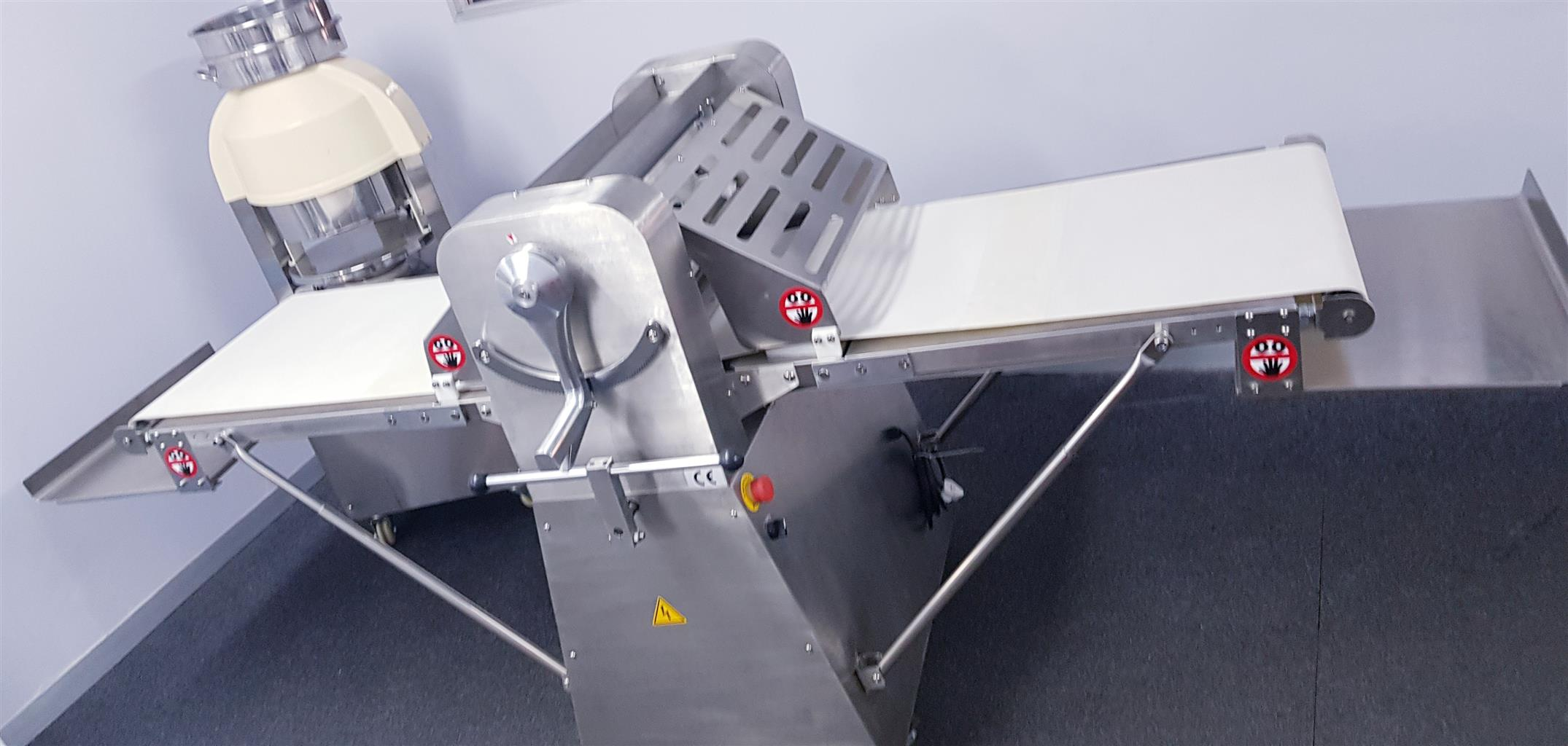DOUGH ROLLER – DOUGH SHEETER – DOUGH ROLLER MACHINE – PASTRY SHEETER -PASTRY ROLLER FOR SALE
