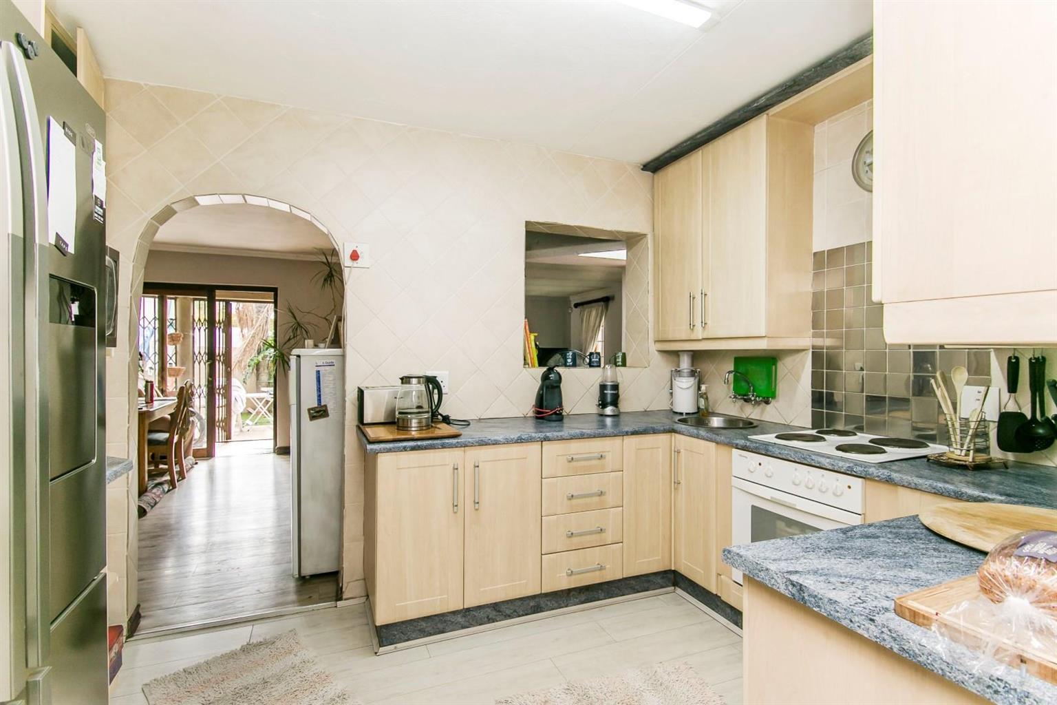 House For Sale in Paulshof