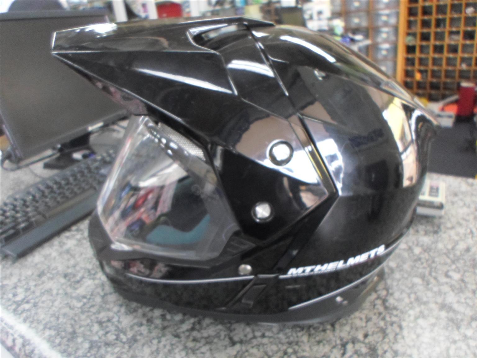 Size XL MT Helmets Synchrony Duo