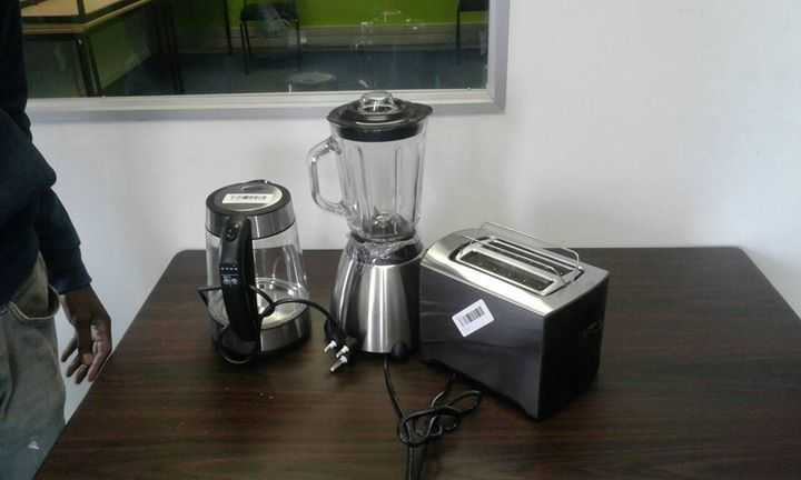 Blender,toaster and kettle combo
