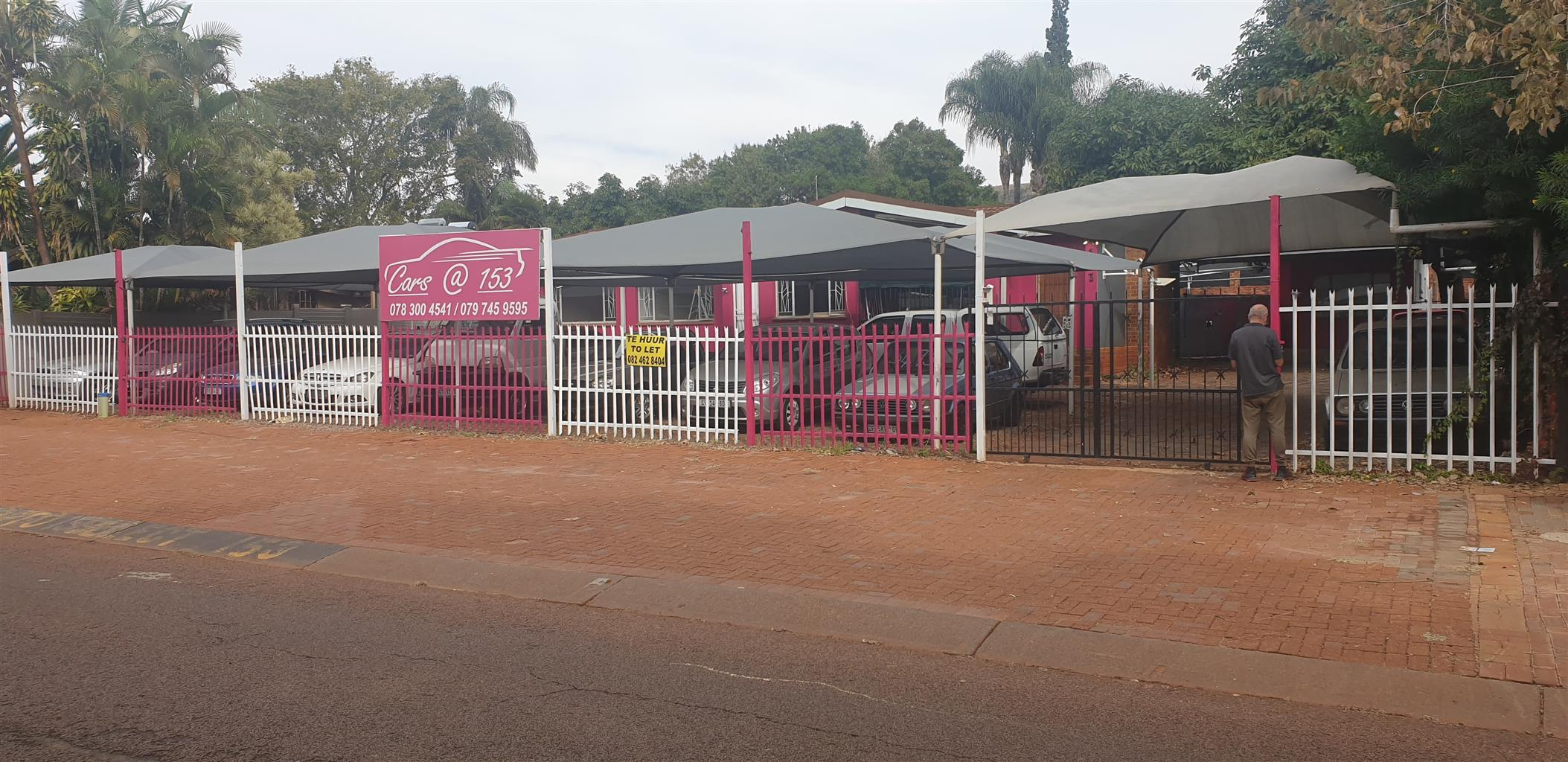 Used car stand zambesi