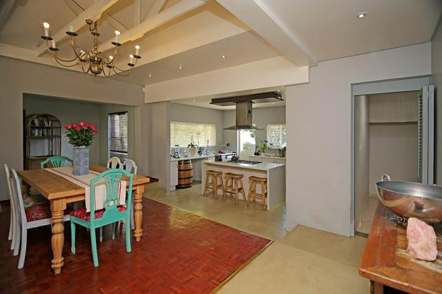 This 4 Bedroom family home is an entertainers delight!