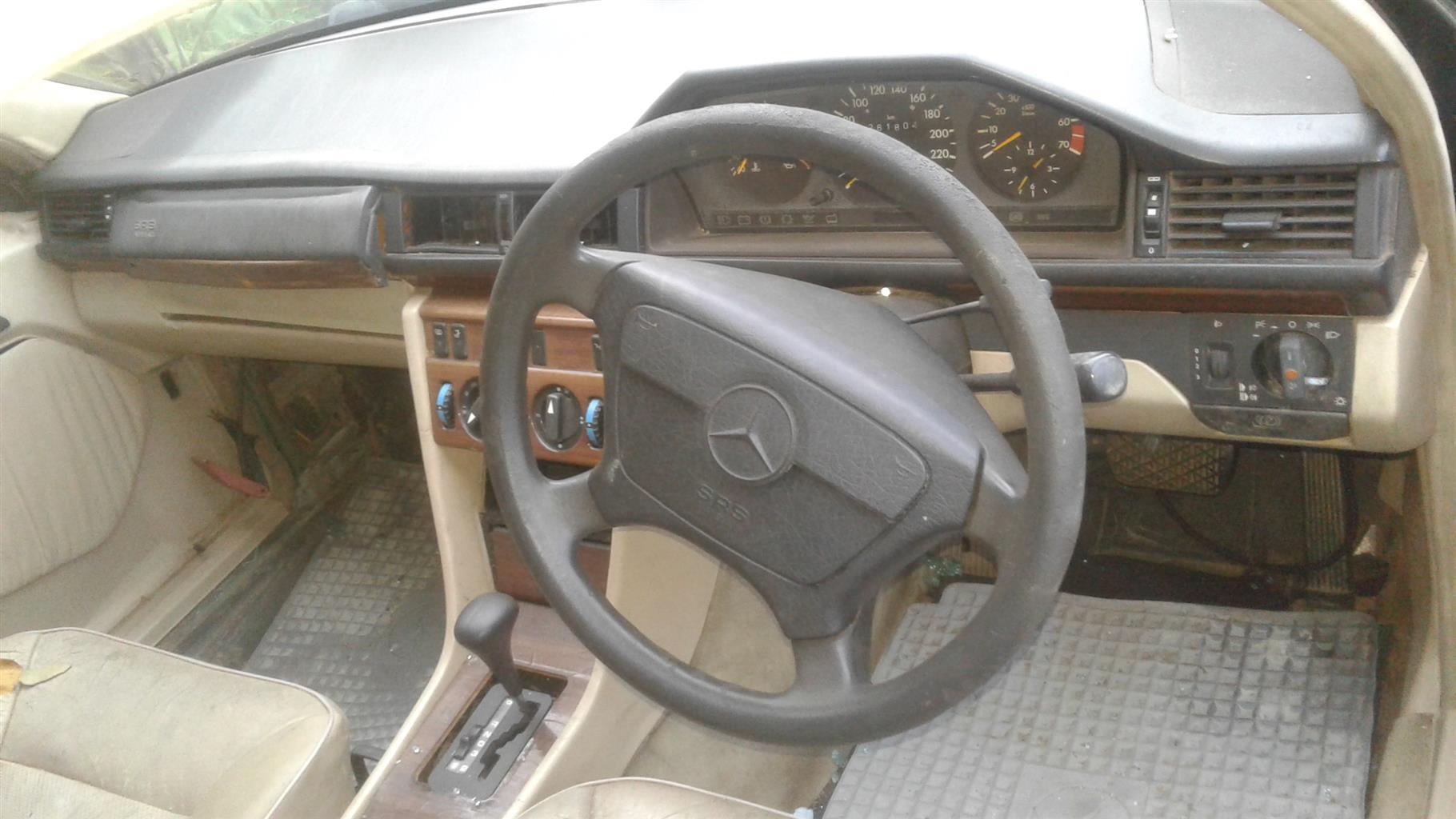 1994 Mercedes Benz 220SE