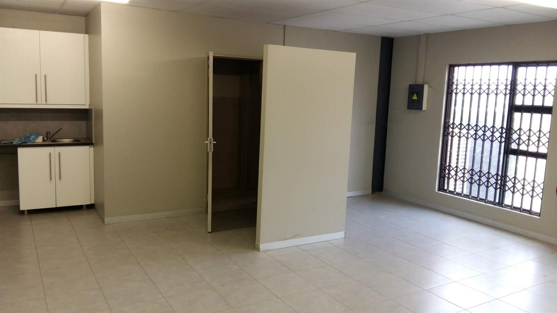 Industrial Rental Monthly in Cosmo Business Park