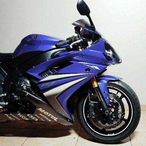 2007 Yamaha YZF R1