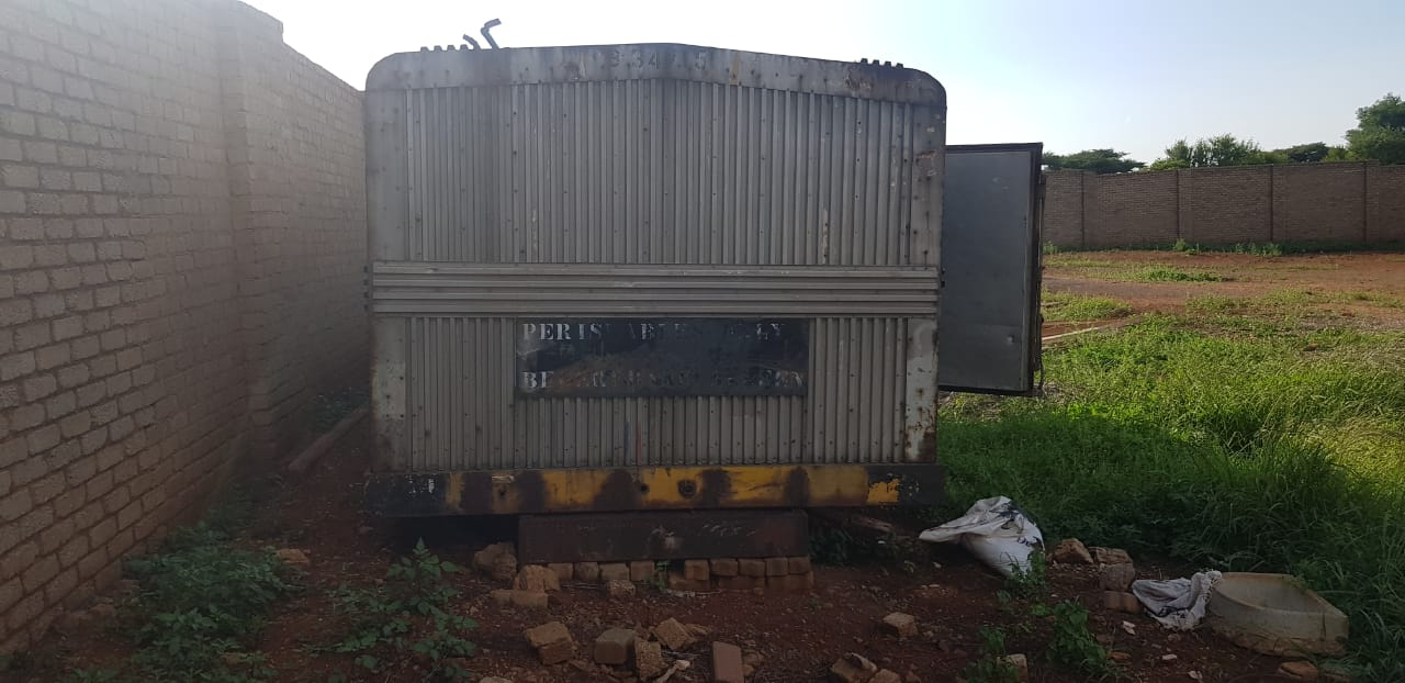 5.5M STAINLESS STEEL & ALUMINIUM CONTAINER FOR SALE