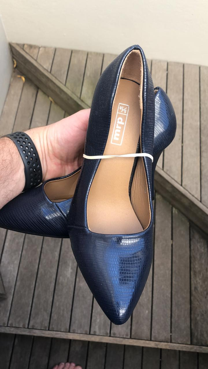 Ladies Navy Cour shoes - resellers wanted