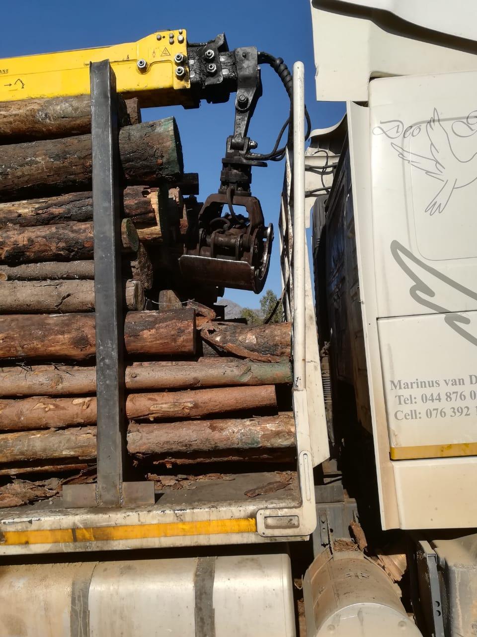 Hyva Timber Crane