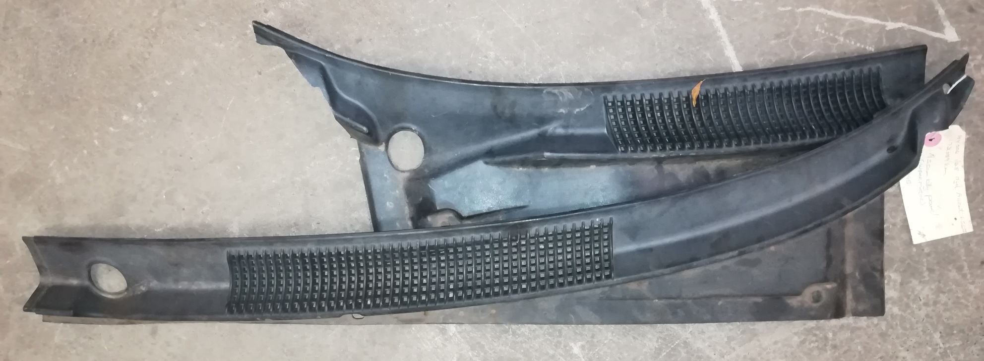 Hyundai Accent 1996 Wiper Cowlings for SALE!!