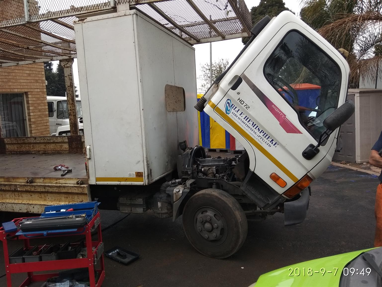 Mechanic, Services, Vehicle Repairs, Tyre Supplier