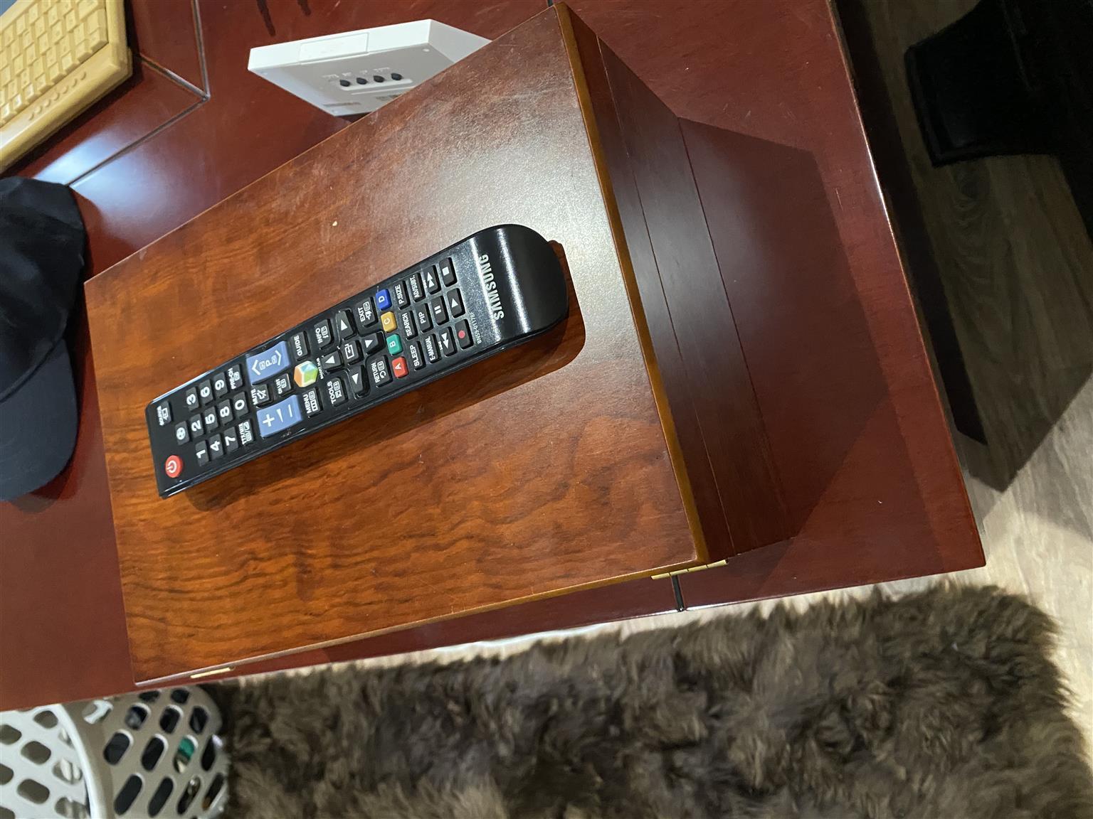Samsung 55 Inch Smart Television