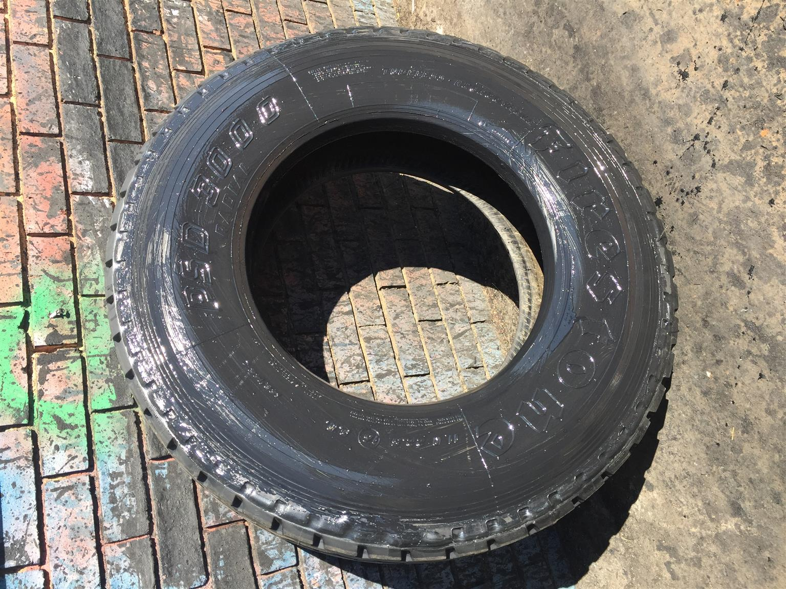 11R22.5 Retreads For Sale