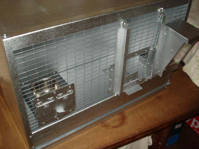 BUILDING BIRD BREEDING CAGES  WITH  MESH. UNLIMITED OPTIONS TO PLACE ALL YOUR FOOD AND WATER BOWLS WITH THIS FRONT