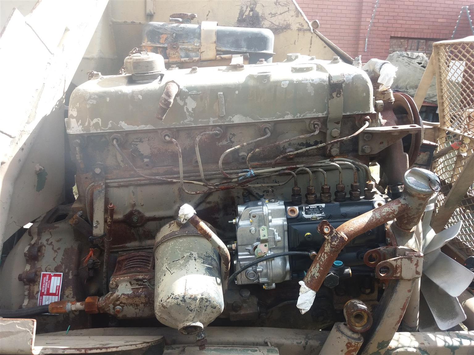 UNIMOG / BUFFEL / MERCEDES STRIPPING FOR SPARES