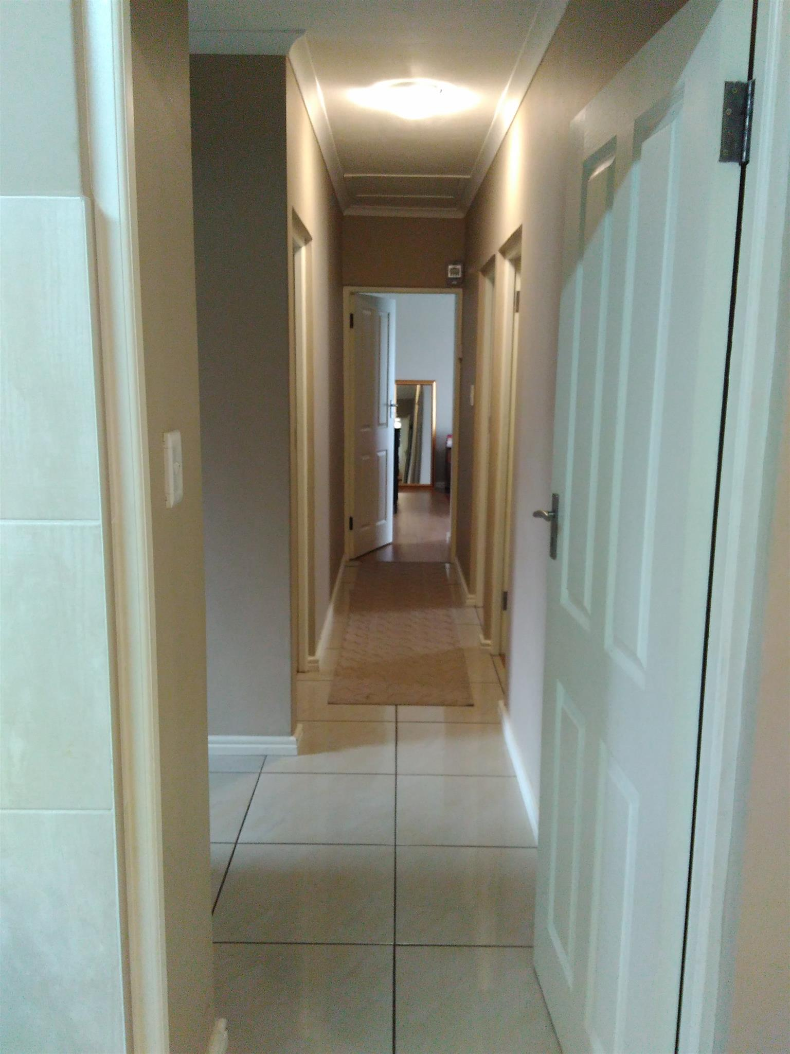 Large 4 bedroom house for sale in upmarket Haasendal (Kuilsriver)