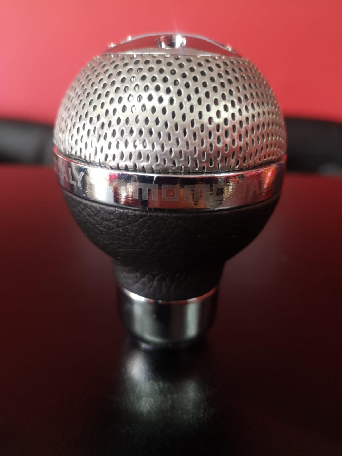 Momo Gear knob (Aluminum Material)