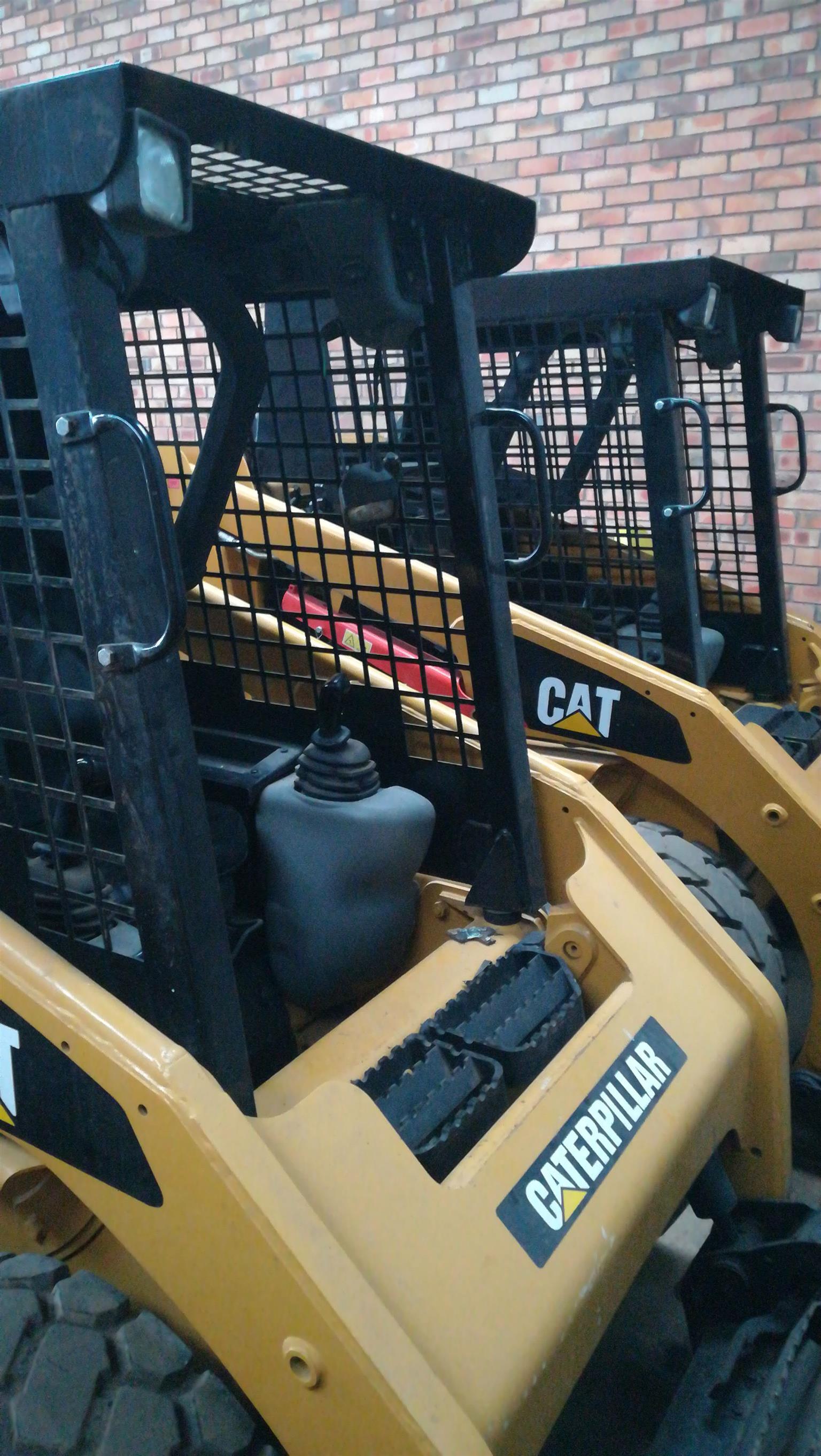 CAT 216 SKIDSTEER LOADERS 2014