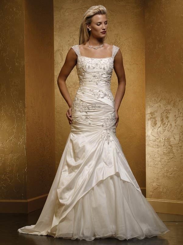 Brand new wedding dress for sale