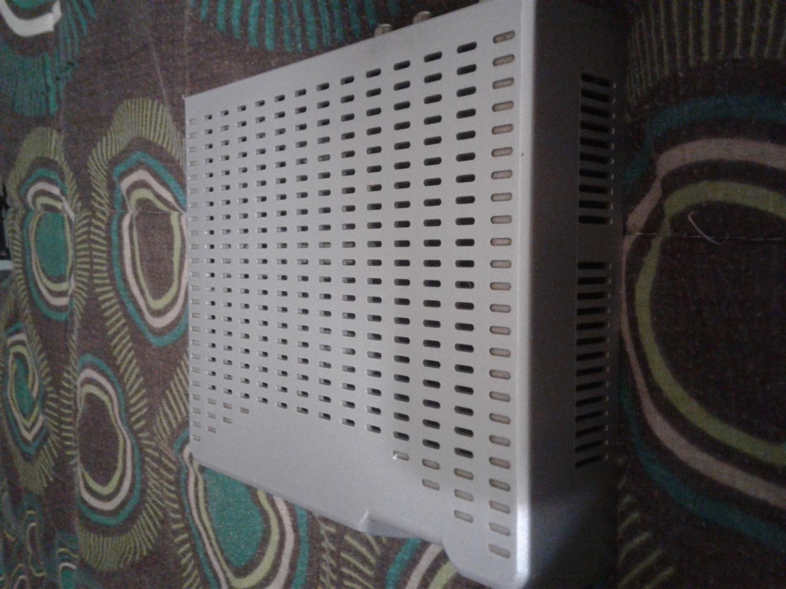 Dstv decoder. Model DSD 1131. Works perfect apart from broken power button on decoder.