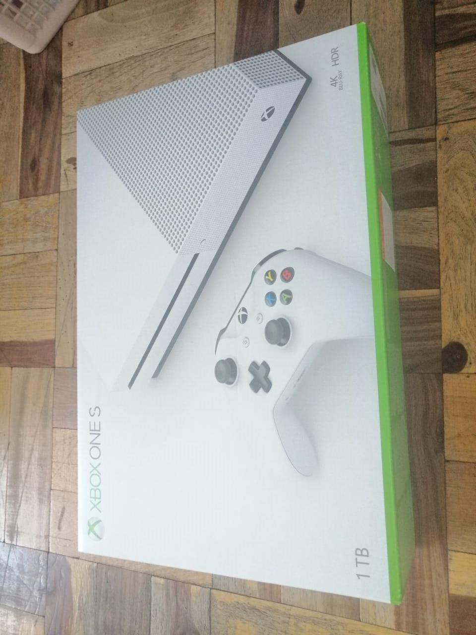 Xbox one s 1tb sealed brand new