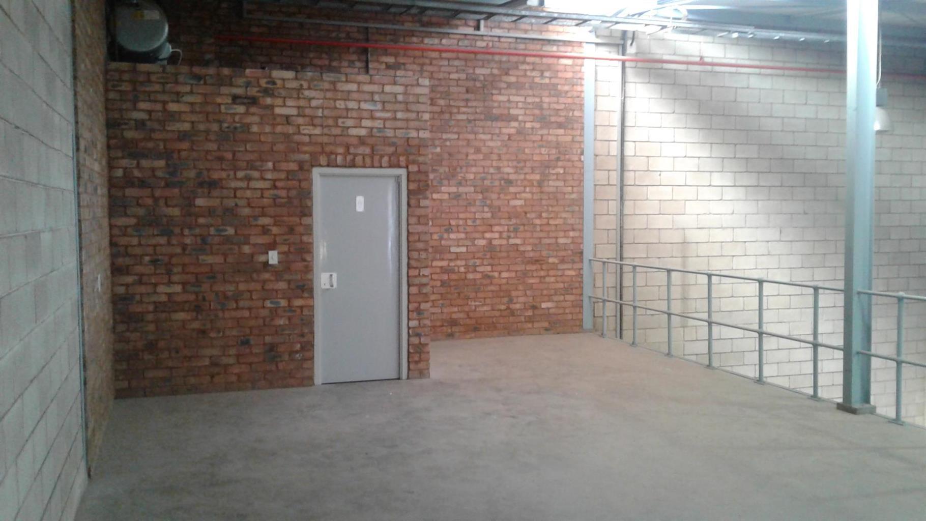 Industrial Rental Monthly in Strydompark