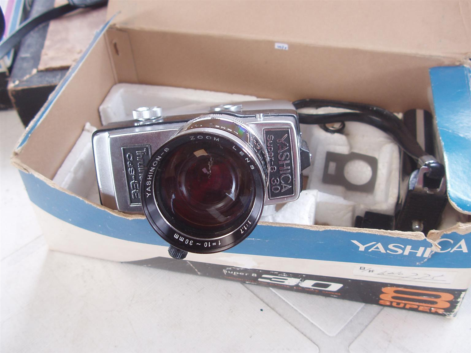 Vintage Yashica Super 8 30 retro vintage super 8 kodak 8mm movie cine film camera- in original box
