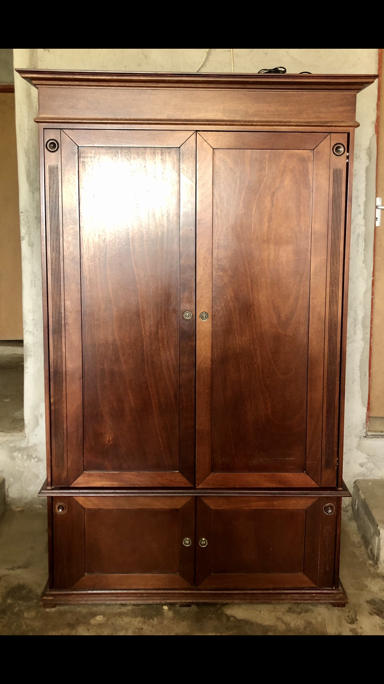 Weatherlys dark wood tv cabinet