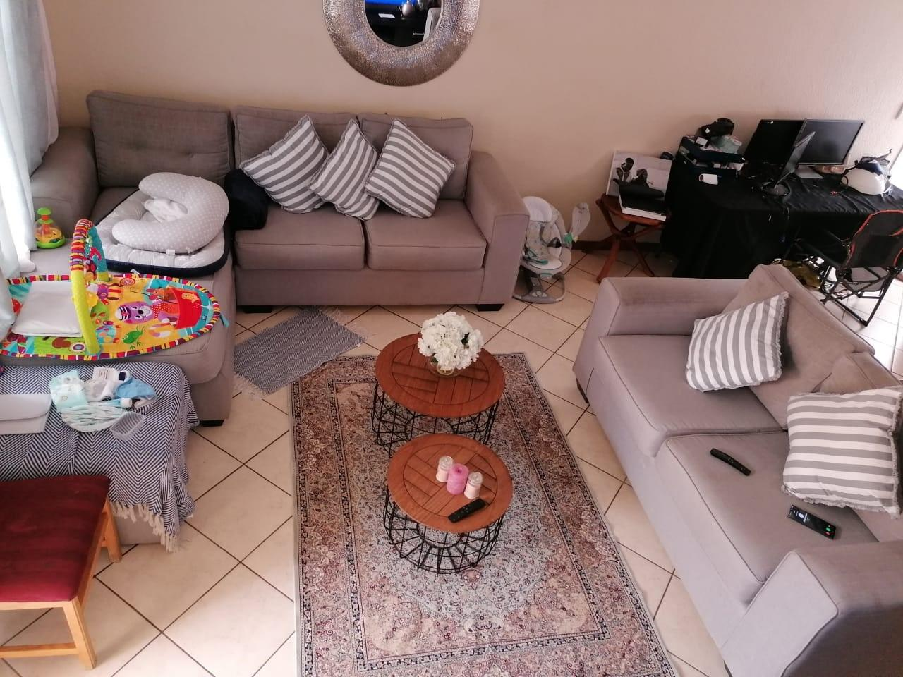 Apartment For Sale in Country View Estate