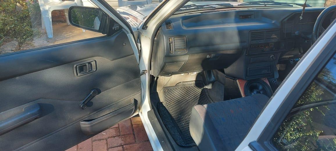Very clean 1300 Ford Bantam Bakkie 1998 model for sale