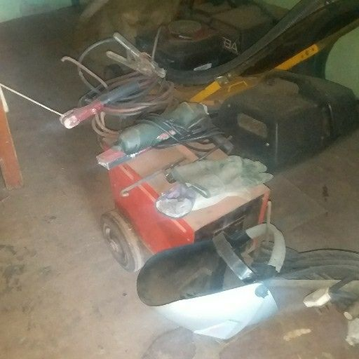 Easyweld welder and accesories