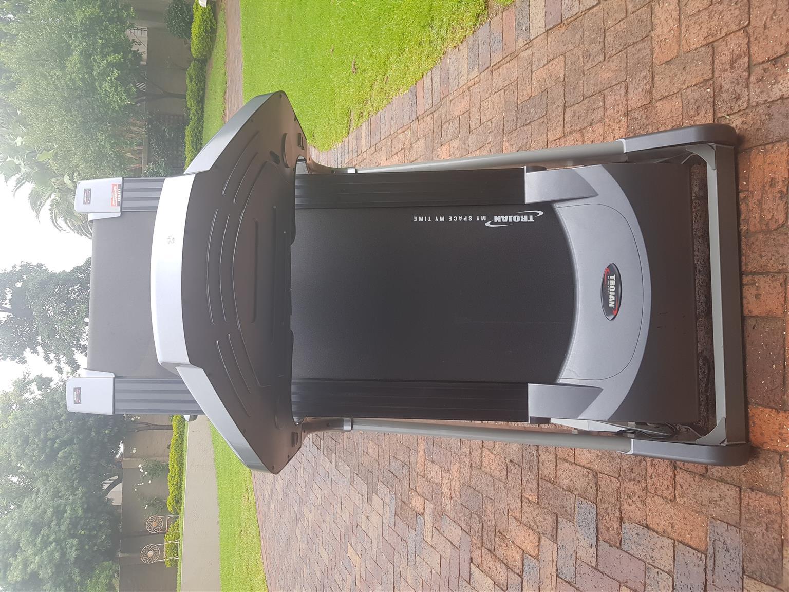 Iron man 500 treadmill for sale 1 year warranty