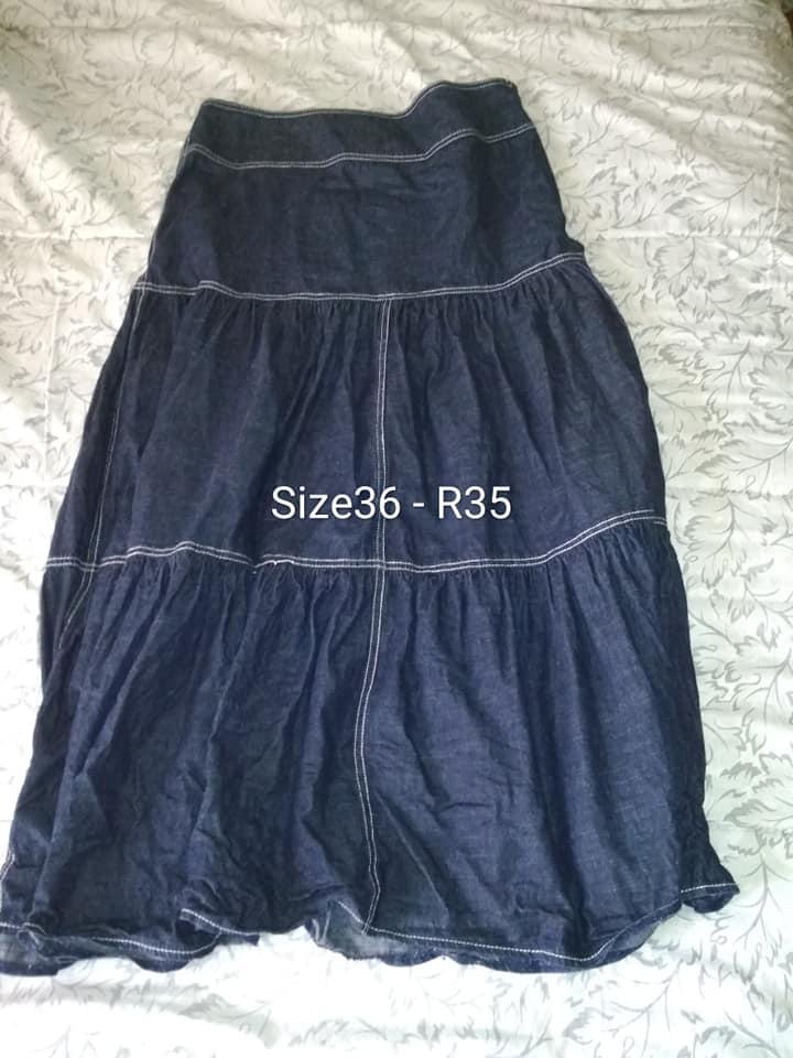 Dark blue size 36 skirt