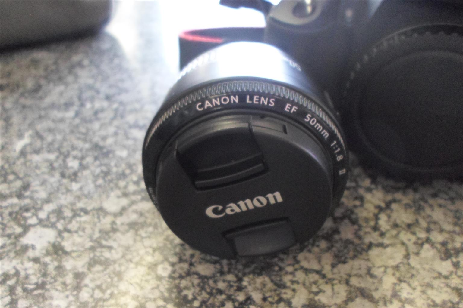 Canon EOS 600D Camera
