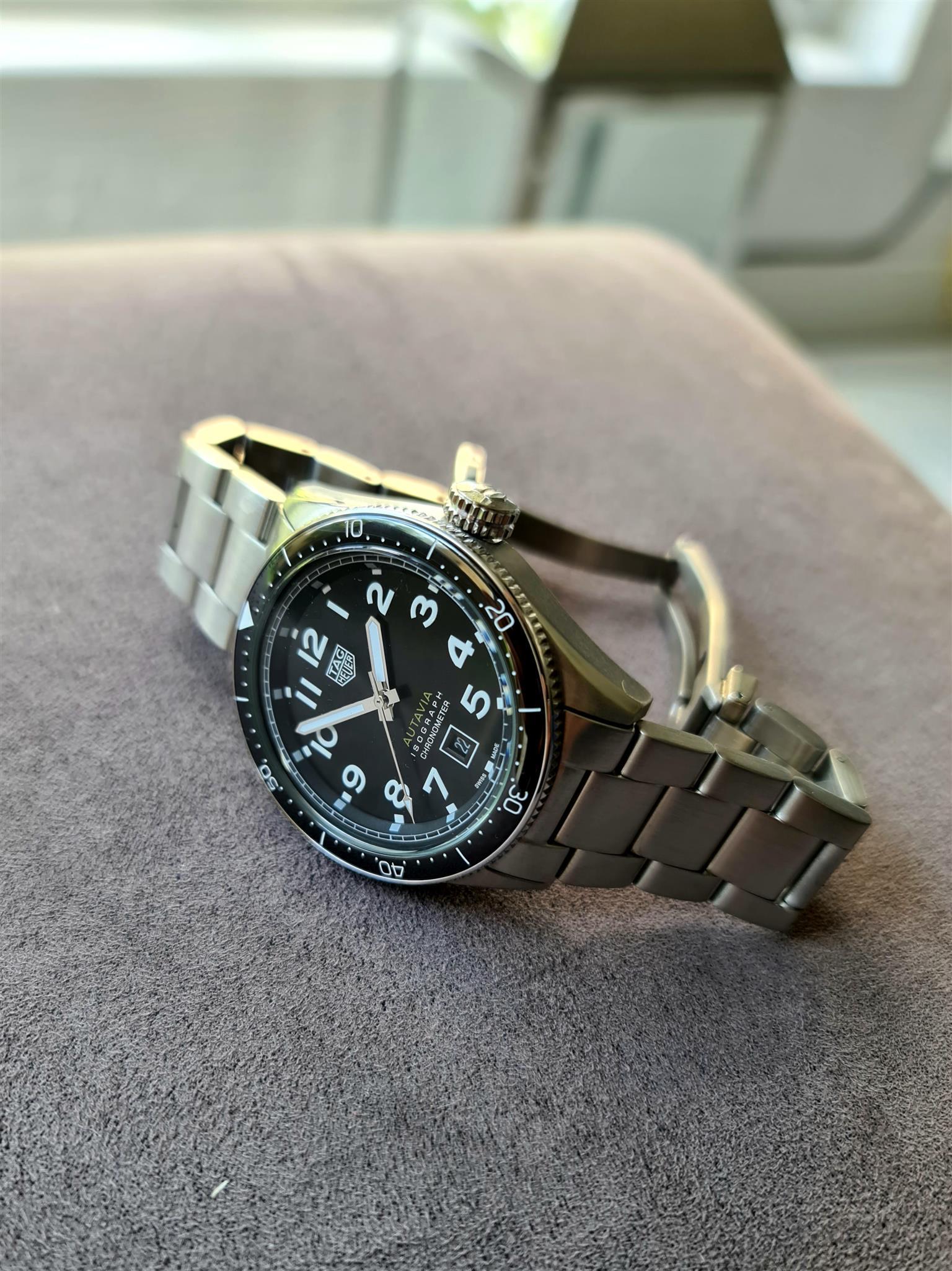 Autavia Watch
