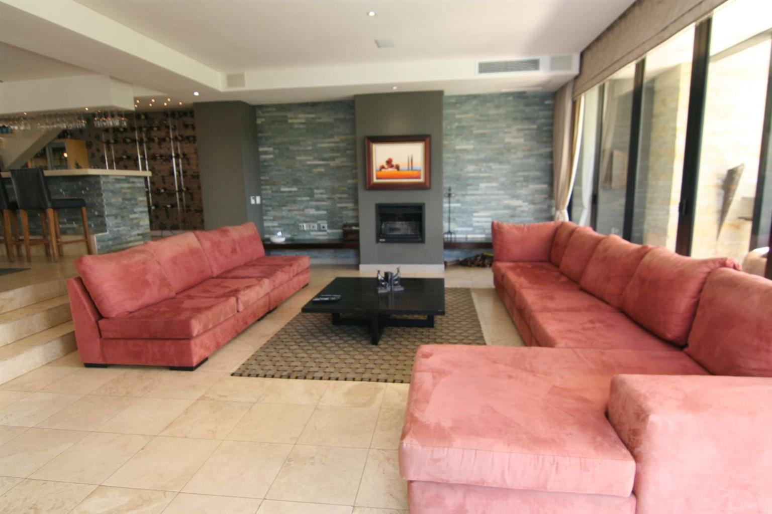 House For Sale in Lombardy Estate