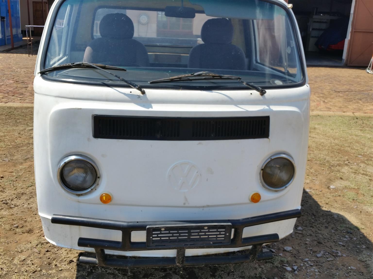 02bae0a32c 1976 VW Pickup