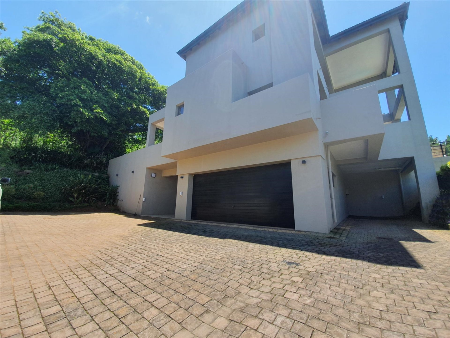 House For Sale in Shakas Rock