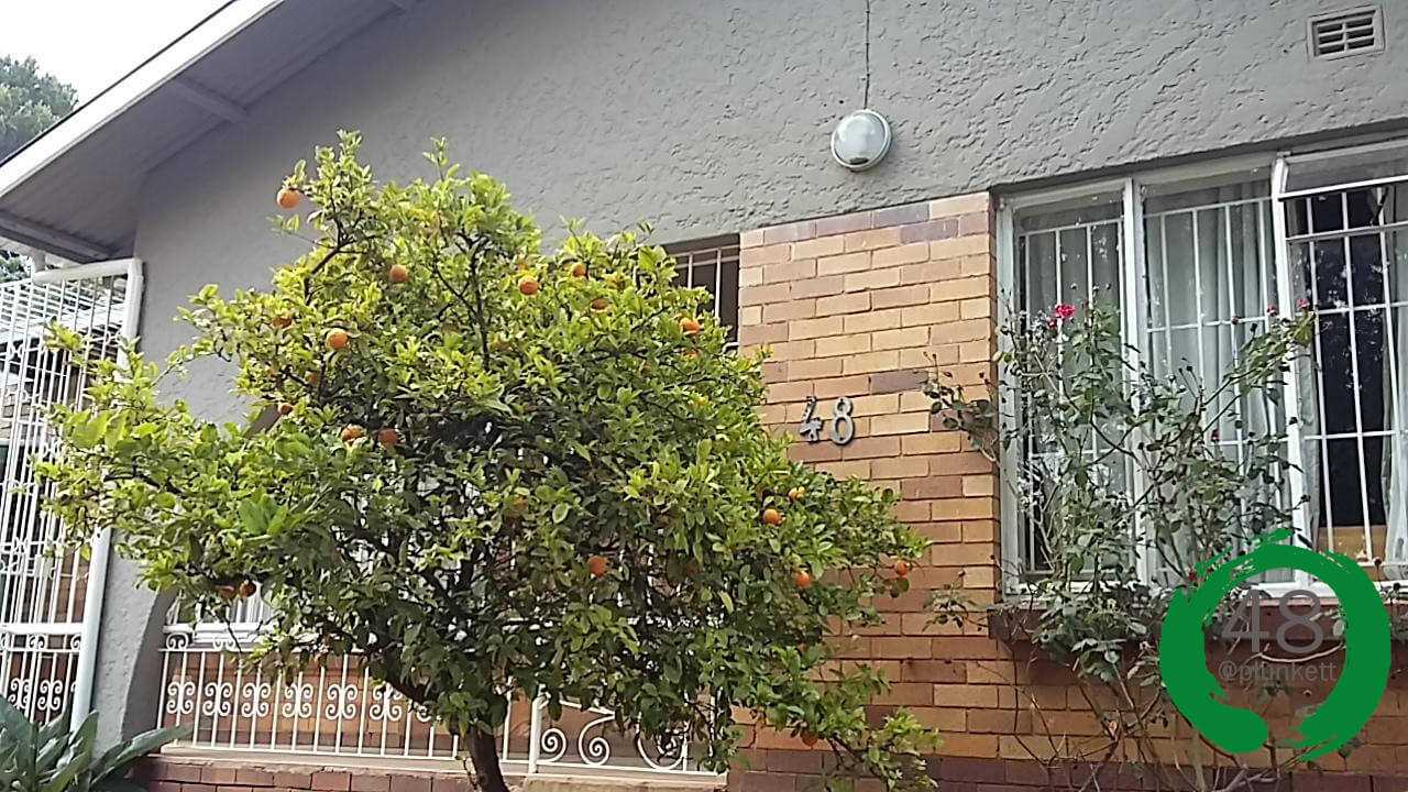 Affordable Student Accommodation 400m from the University of Johannesburg with Cleaning, Security and FREE Wi-Fi. Sharing Spots Left.