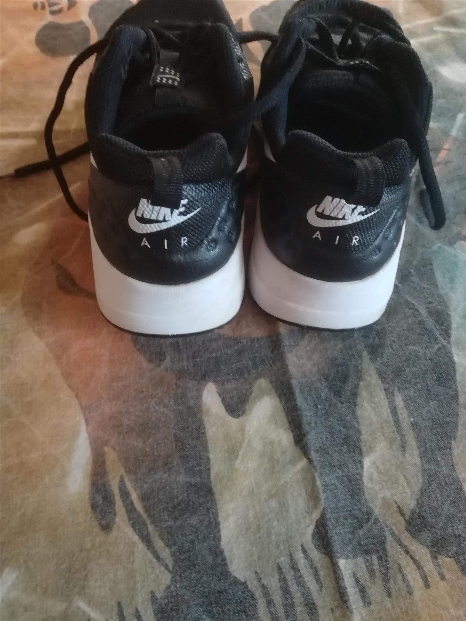 Nike Air size 4.5
