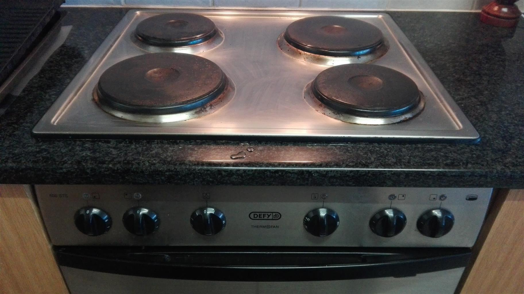 DEFY 600 STS 4-plate stove & Thermofan oven combination