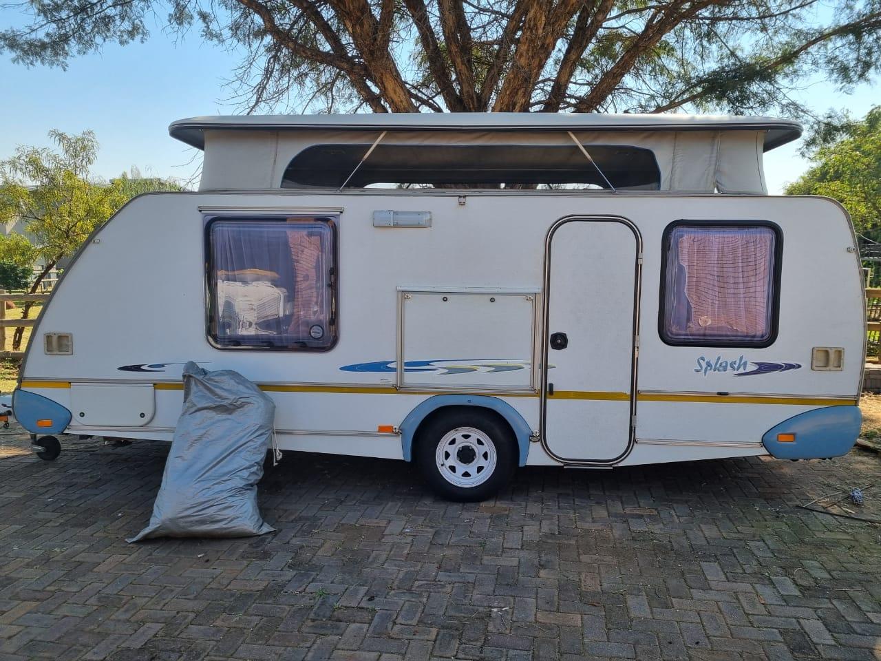 Very neat 2005 Sprite Caravan for Sale