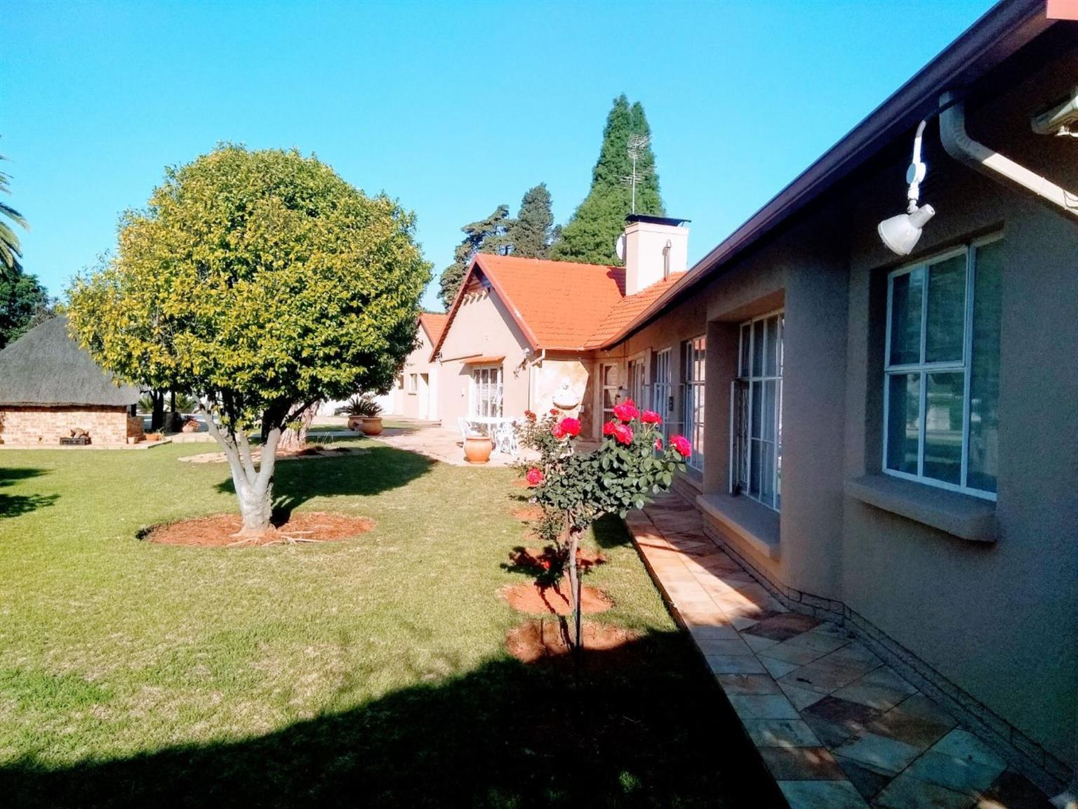 House For Sale in BEDFORDVIEW