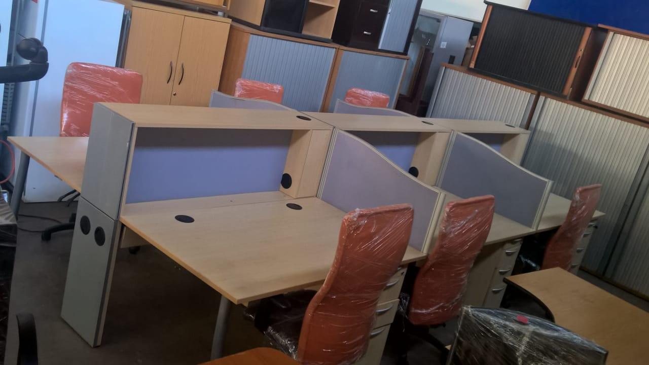 Call Centre Desks (Back to Back Desking)