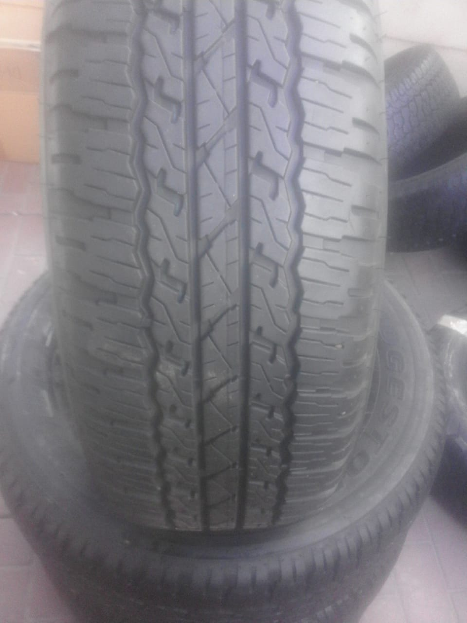 4xBridgestone Dueler AT tyres 265/65/17 close to new!!