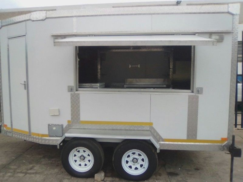 4m Insulated mobile kitchen trailer for sale | Junk Mail
