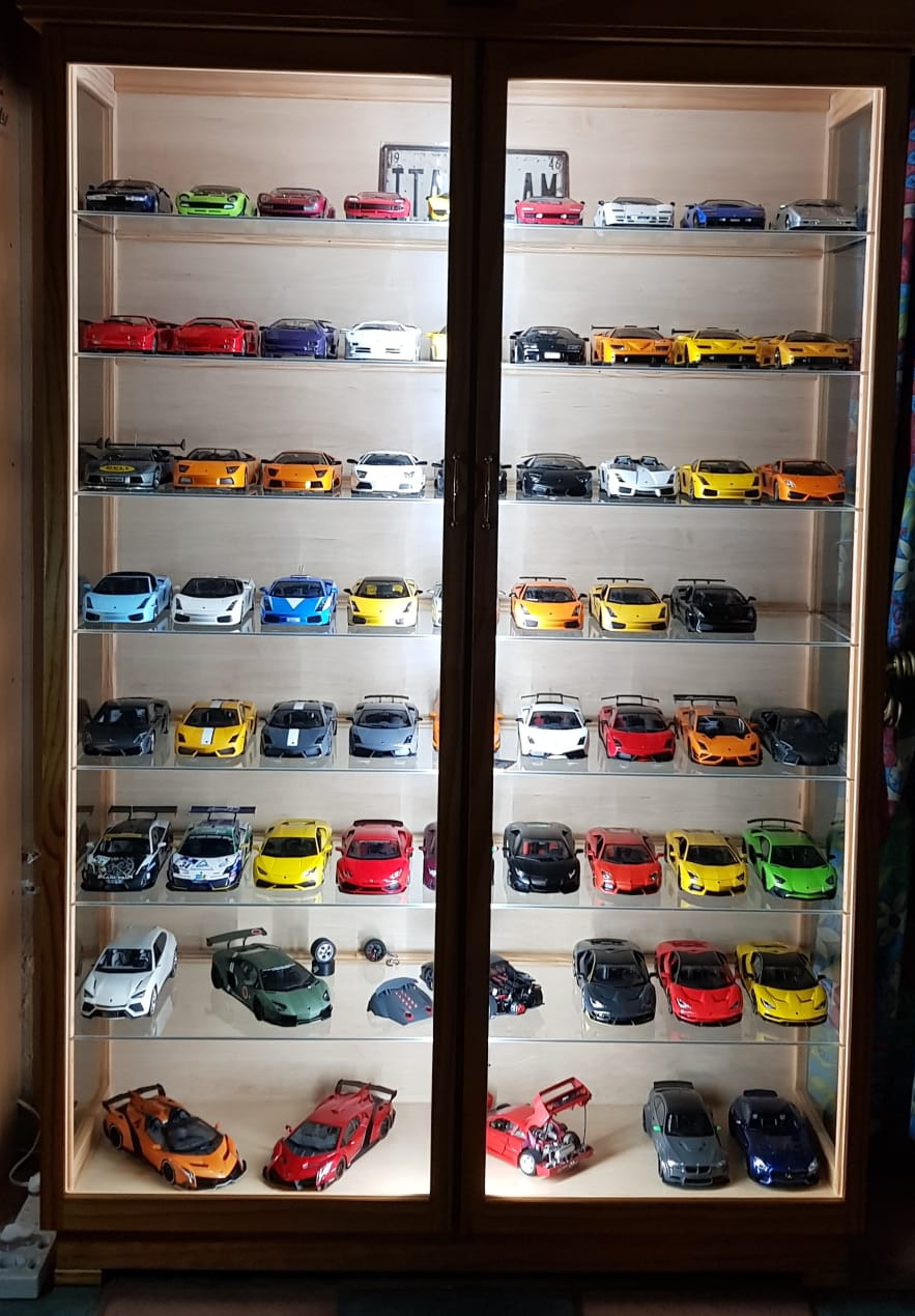 Model cars, trains etc. Display Cabinets, Led /Lights and Glass shelves, Dust Proof !