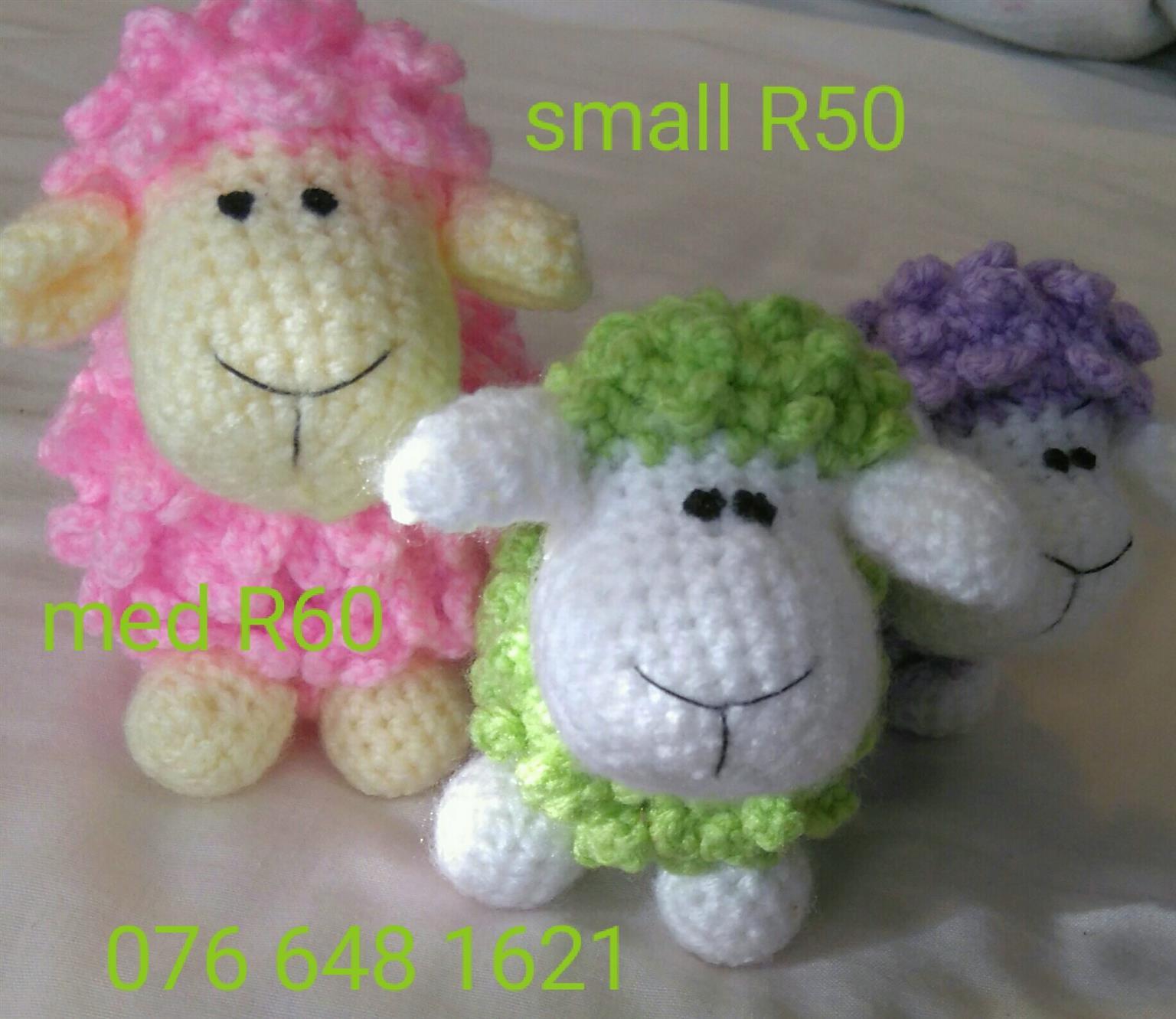Crochet sheep cuddle softtoy